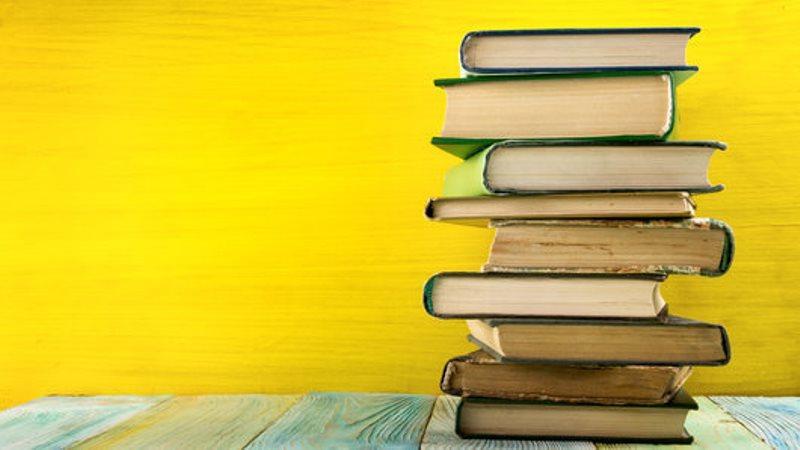 نمایشگاه کتاب خرم آباد مهر98