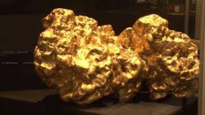 نمایشگاه سنگ های معدنی و قیمتی Mineralien هامبورگ آلمان 2019 آذر 98