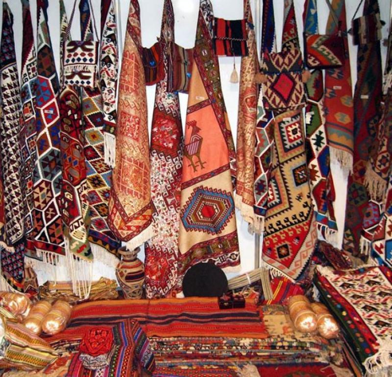 نمایشگاه سوغات و هدایا و جشنواره اقوام ایرانی؛شهرکرد - آذر 98