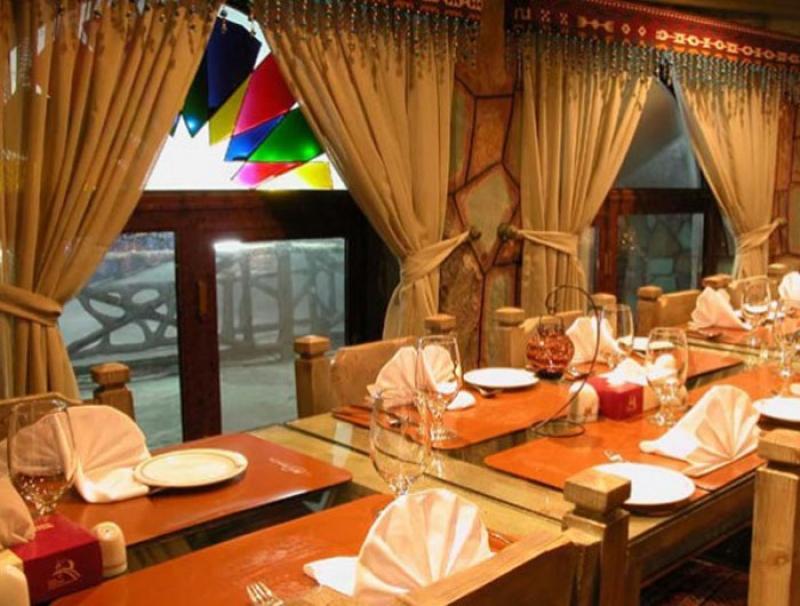 نمایشگاه گردشگری، هتلداران، تالارها، رستوران ها و آژانس های توریستی کرمانشاه دی 98