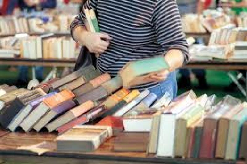 نمایشگاه کتاب؛همدان - دی 98
