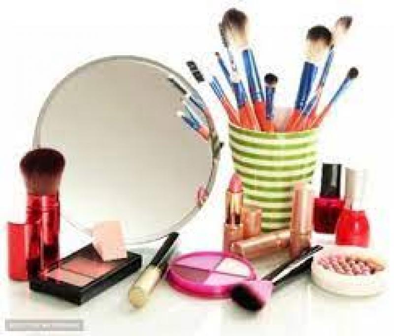 نمایشگاه بین المللی آرایشی ، بهداشتی ، پوست ، مو و زیبایی شیراز 1400